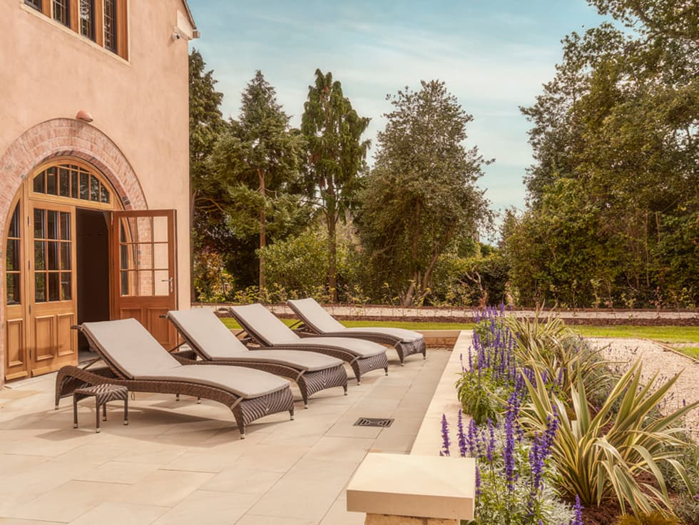 Terrace at Elan Spa Mallory